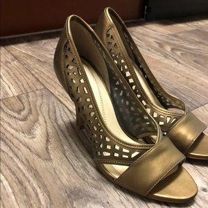 Tahari Gold Pumps with Peep-toe